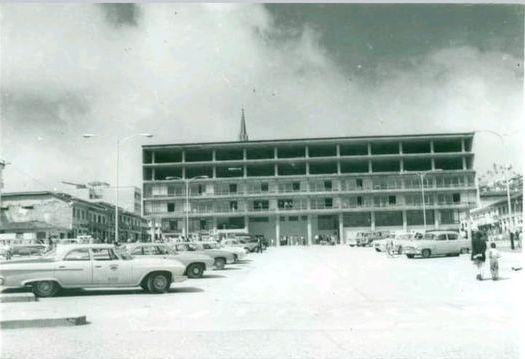 Antigua Alcaldia de Manizales en construcción 1963