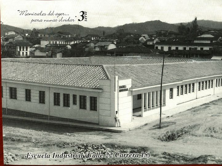 Escuela Jorge Robledo en el barrio Colón de Manizales Año 1957
