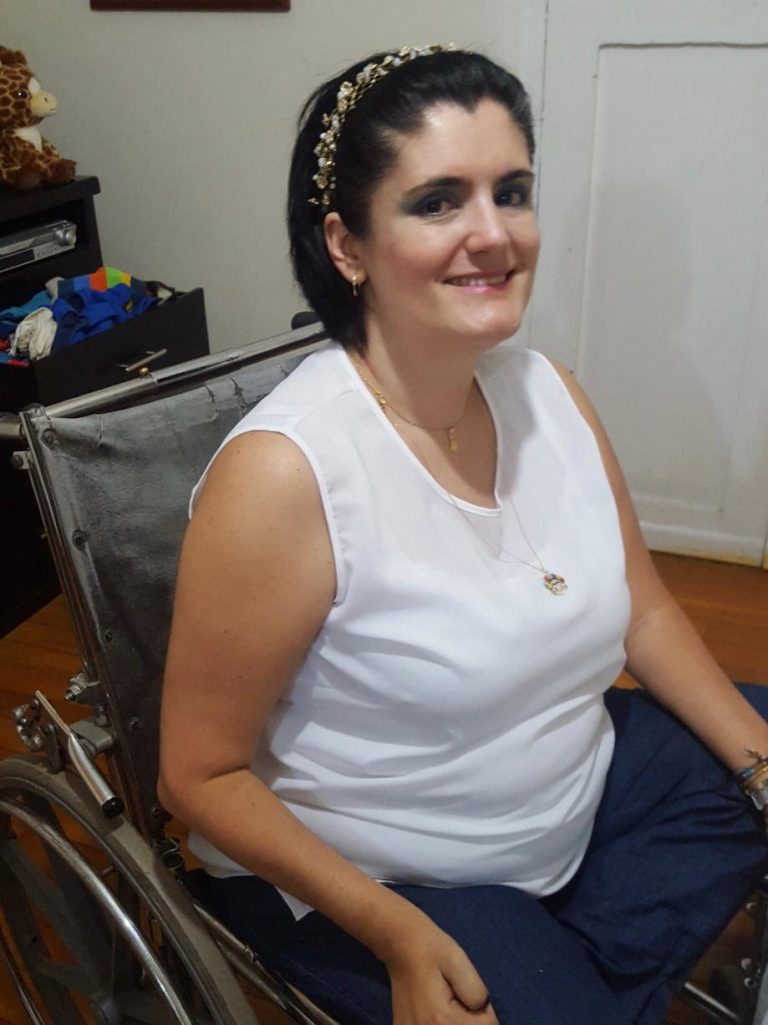 Juliana Montes, una contadora pública que encontró en la Umanizales su casa y en los animales una familia