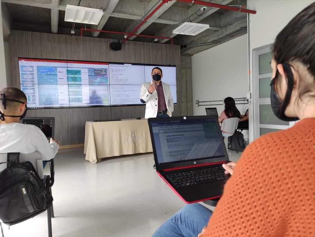 Transformación digital, importancia de las TIC, computación en la nube y otros temas más, en la Semana de la Ingeniería que realizará la UManizales