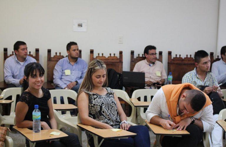 Estudiantes que cursen tres materias de la Ruta del Emprendimiento podrán certificarlas como Diplomado