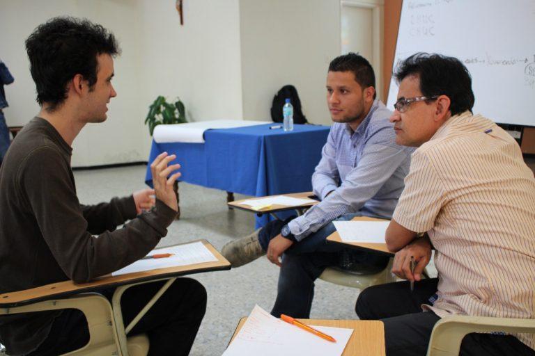 Umanizales ofrece programa gratuito de mentoría y asesoría para emprendedores