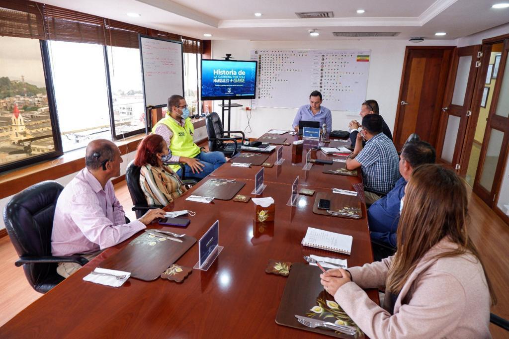 Alcalde Carlos Mario Marín Correa y ASOJAC trazaron acciones al servicio del trabajo comunitario.