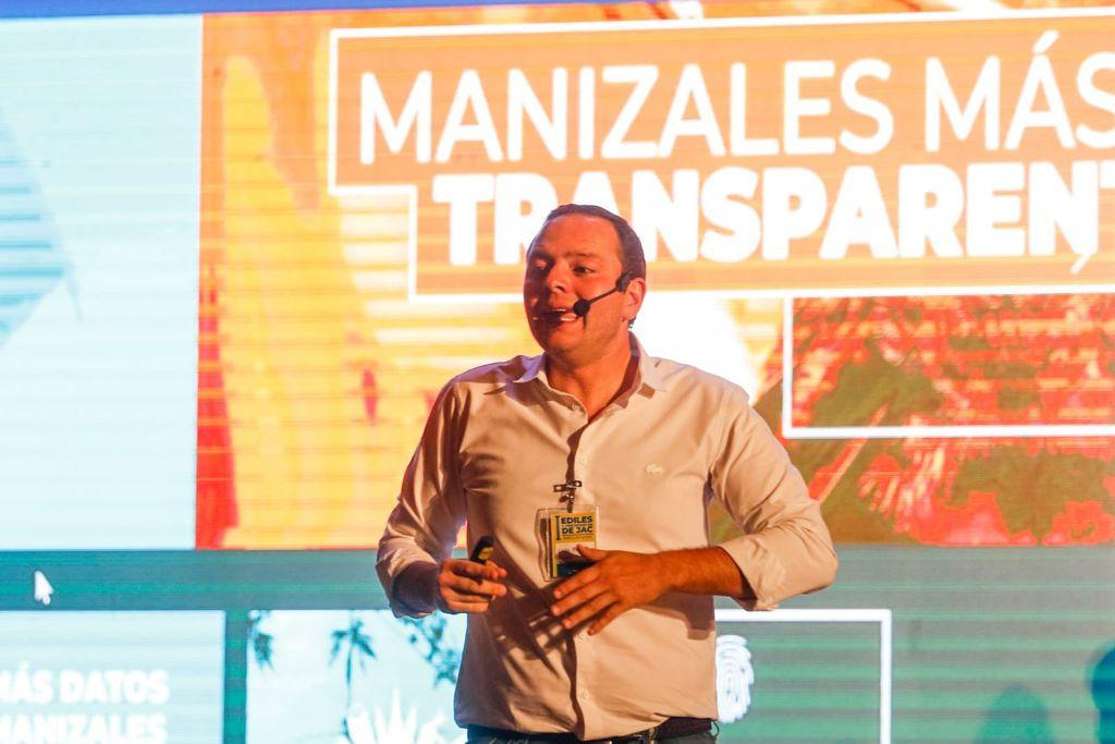 Dedicar esfuerzos juntos y sacar adelante los proyectos que necesita Manizales, el gran acuerdo de la Alcaldía y los líderes comunitarios
