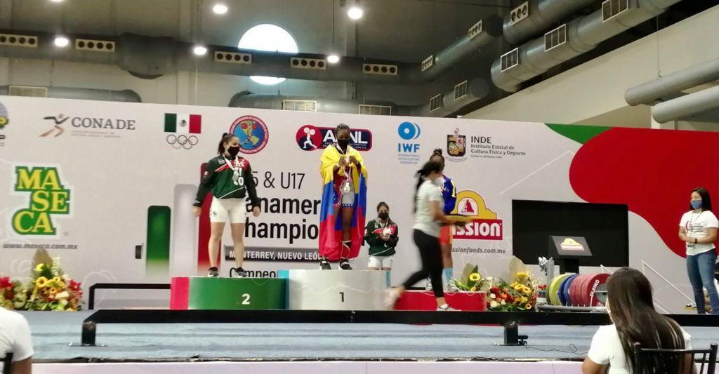 La deportista apoyada por la Alcaldía de Manizales Duvaney Sinisterra consiguió tres medallas de oro