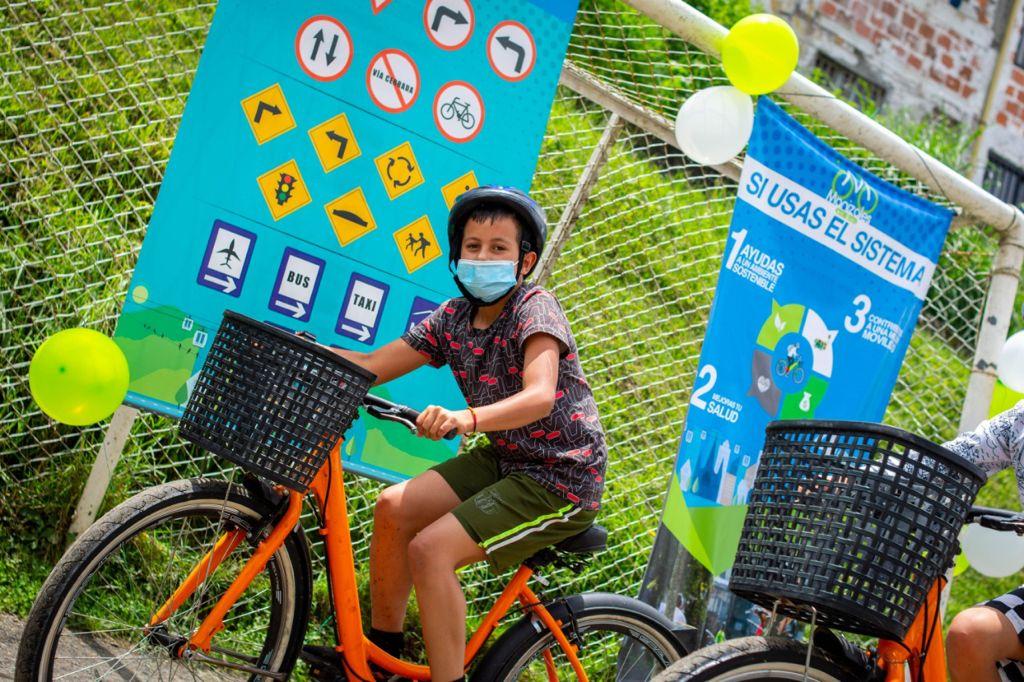 Manizales en Bici continúa realizando pedagogía infantil en los barrios de la ciudad