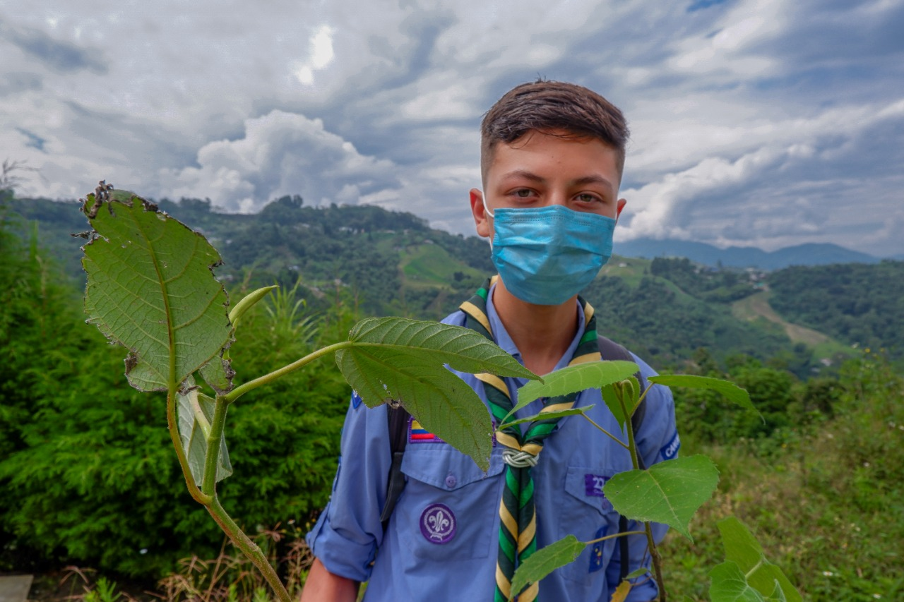 ManizalesMásVerde Con el acompañamiento de los habitantes de la Isabelita y diferentes plataformas juveniles y de Scouts