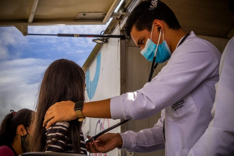 UManizales inicia Integración clínica de medicina para actualización de estudiantes y profesionales de la salud