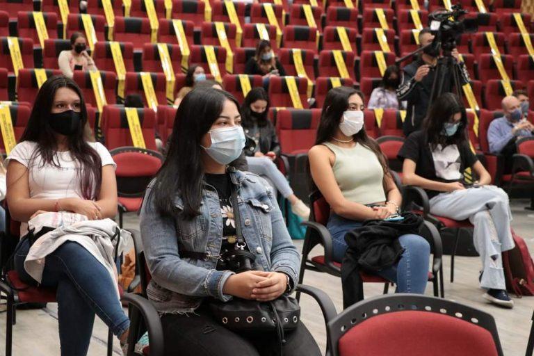 Universidad de Manizales realiza inducción a estudiantes presenciales y virtuales de las primeras cohortes de la Maestría en Finanzas