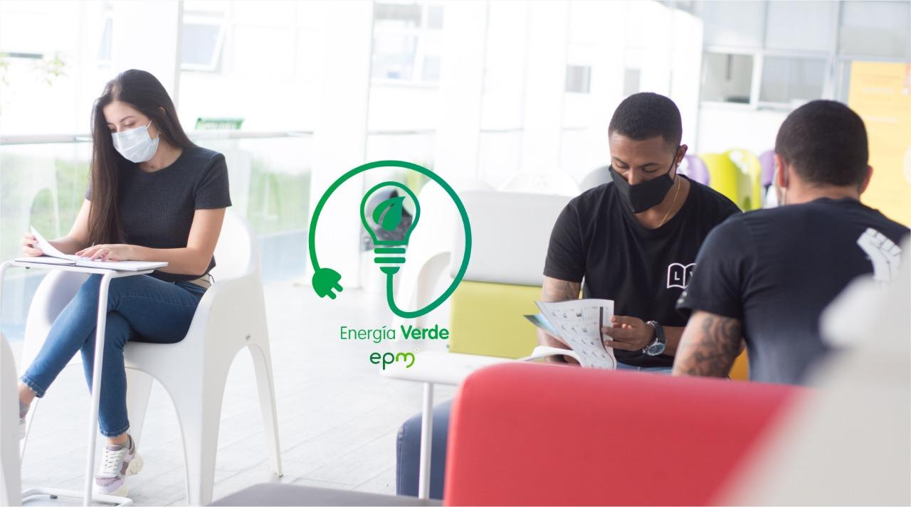 Universidad de Manizales recibió certificación por el consumo de energía generada por fuentes 100% renovables