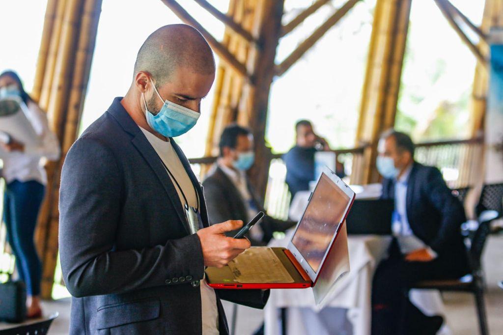 49 empresarios y 31 compradores se dieron cita en rueda de negocios realizada por la Secretaría de TIC y Competitividad.