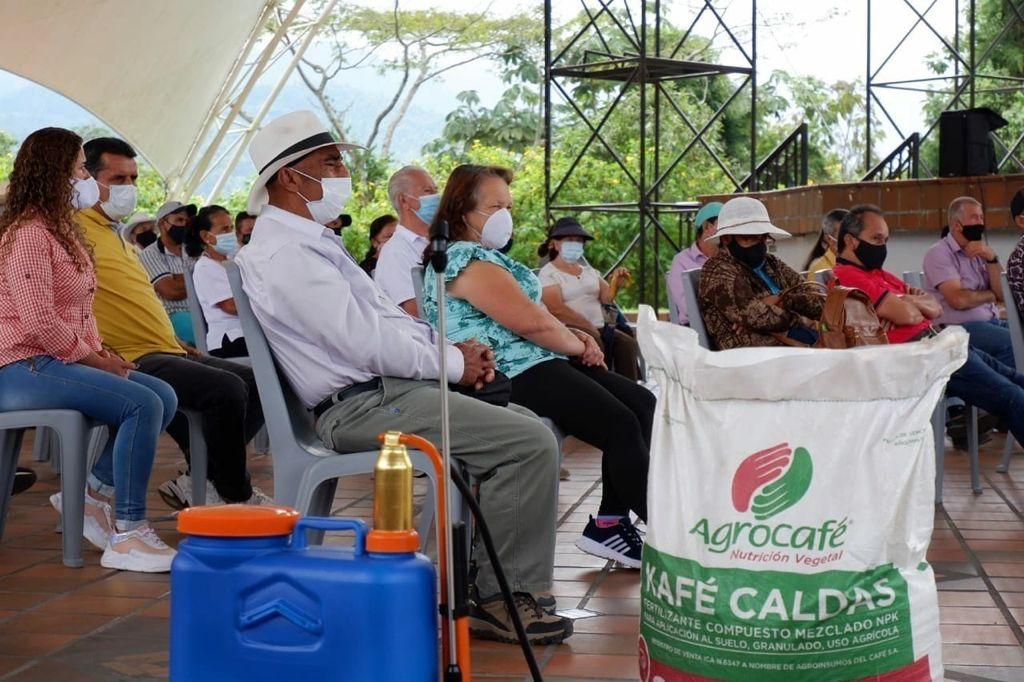 $605 millones invertidos y 414 caficultores beneficiados, el balance a la fecha del Convenio de Productividad Cafetera de Manizales.