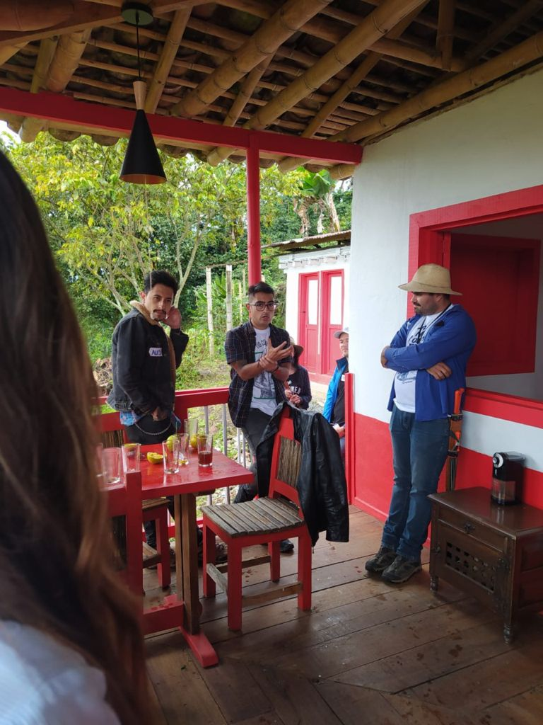 Alcaldía y Corporación para el Desarrollo de Caldas enamoran a los empresarios con los paisajes manizaleños.
