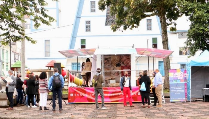 El Museo Rodante inició su gira en el barrio San José de Manizales