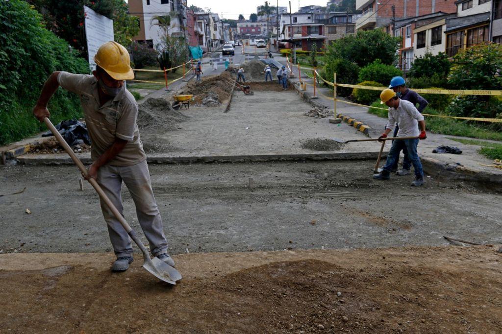 La Alcaldía ejecuta más de 100 obras de infraestructura que reactivan la economía manizaleña.