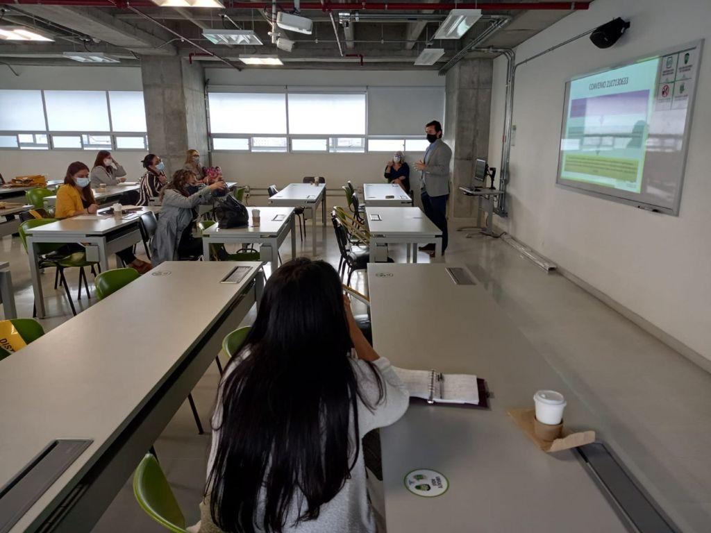 La Política Pública de Vendedores Informales de Manizales avanza en su proceso de implementación.