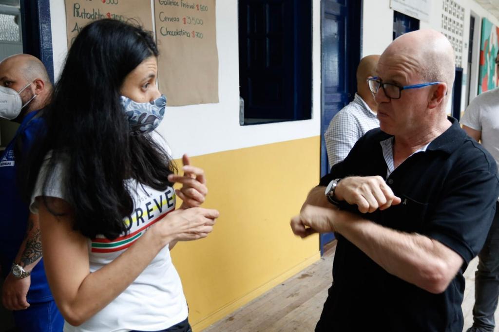 Manizales conmemora la Semana Internacional de las Personas Sordas con actividades para la población.