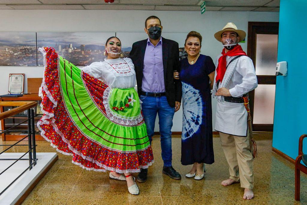 Manizales y Soyapango en El Salvador, firman acuerdo de ciudades hermanas.
