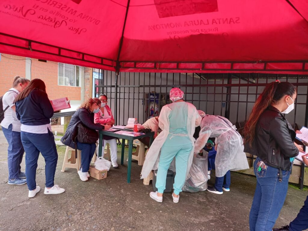 Puerta a puerta por 40 barrios, Secretaría de Salud busca desde hoy a los 12 mil niños que faltan por vacunar contra el sarampión y la rubeola