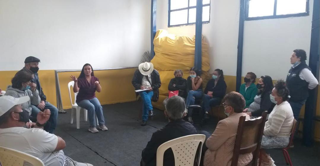Talleres de formación financiera para los habitantes de la comuna San José