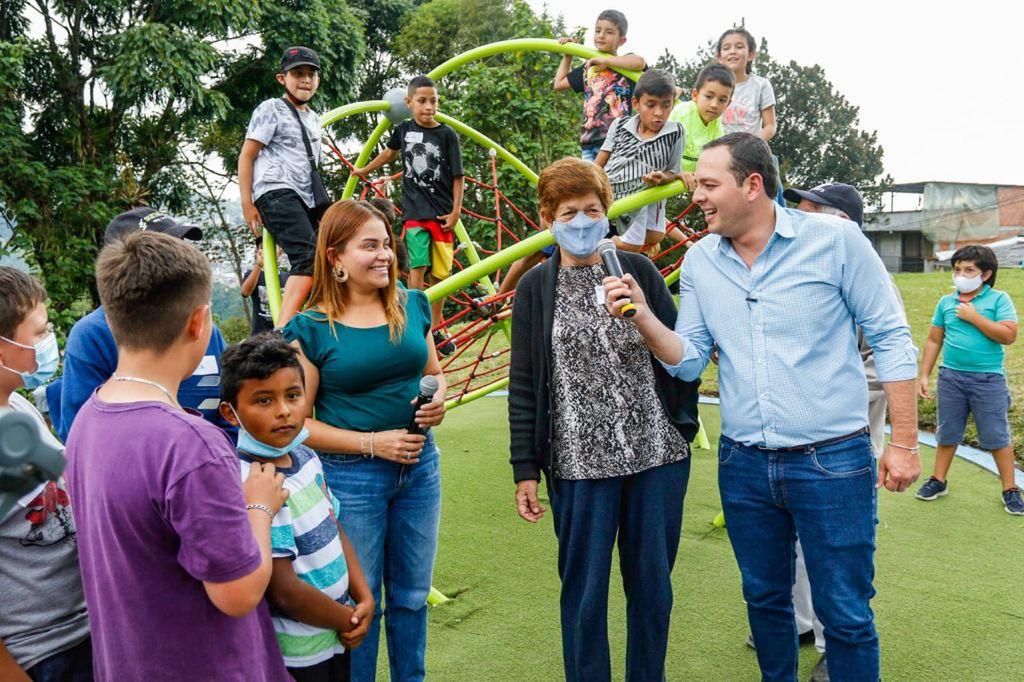 Tángara, el nuevo parque de la Ruta de las Aves, fue inaugurado ayer por el alcalde Carlos Mario Marín Correa